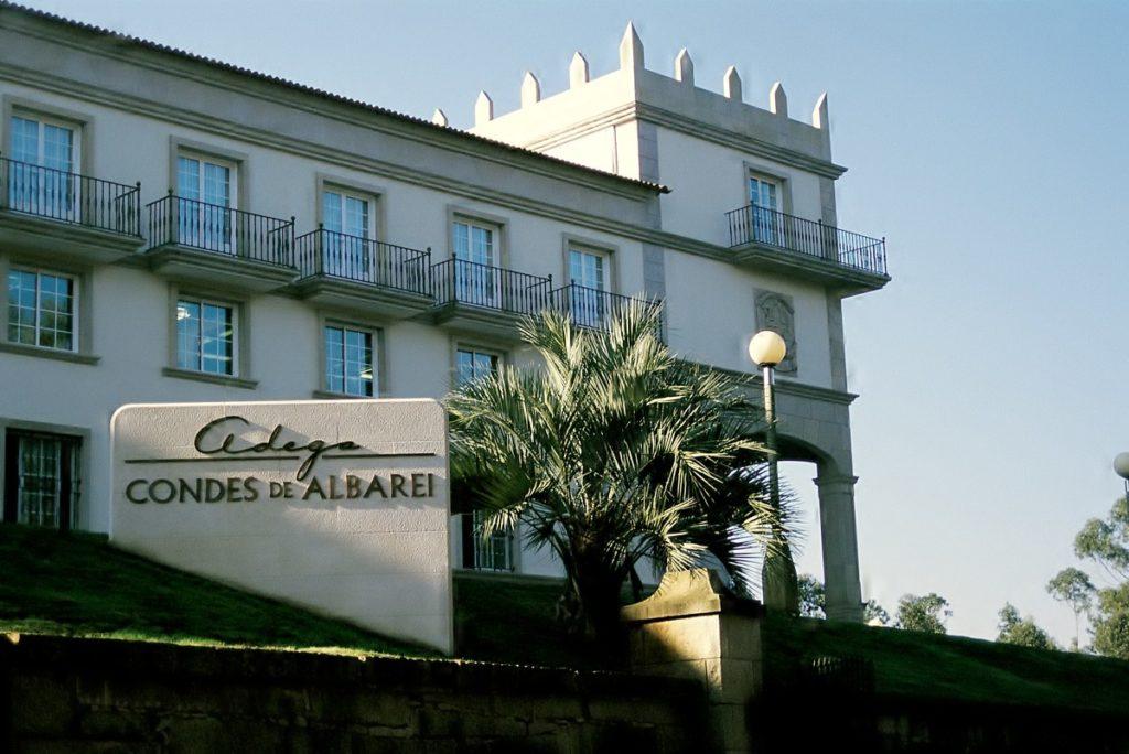 Fachada Condes de Albarei (1)